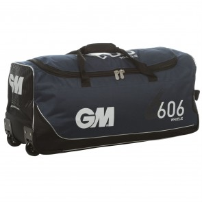 Gunn & Moore 606 Wheelie Junior Cricket Bag